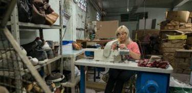Vento Sul: migrantes que trabalham no setor industrial