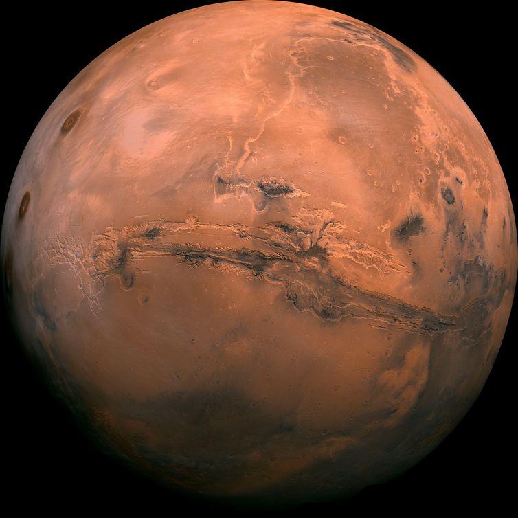 Cientistas italianos descobrem água em estado líquido em Marte