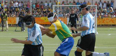 Seleção brasileira de futebol de 5 chega invicta em Lima para os Jogos Parapan-Americanos.