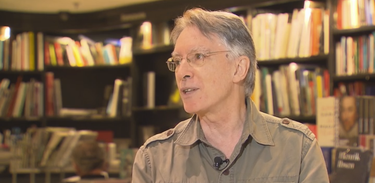 Escritor Bráulio Tavares fala sobre ficção científica no Trilha de Letras