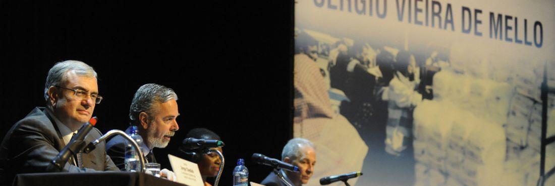 """Seminário """"10 anos sem Sergio Vieira de Mello"""". Sérgio morreu em 19 de agosto vítima de um ataque à sede das Nações Unidas em Bagdá"""