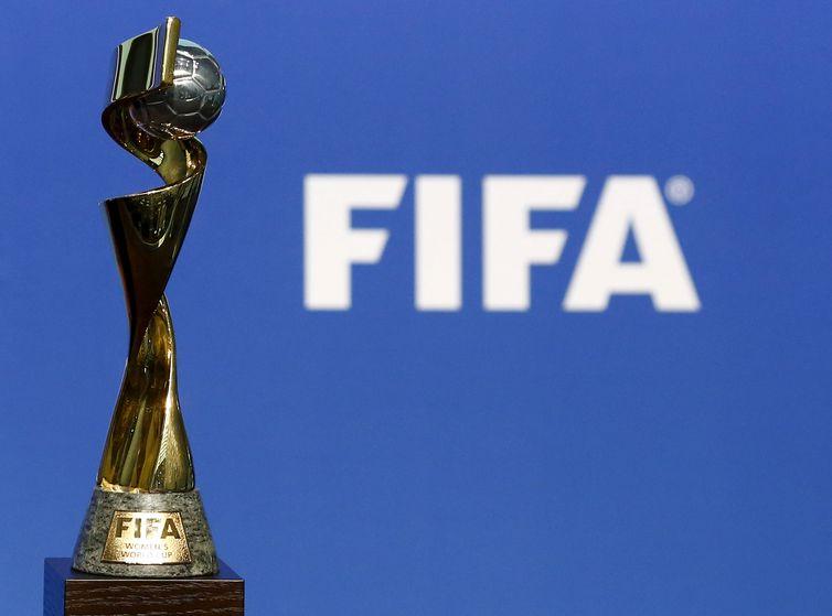 Troféu da Copa do Mundo de Futebol Feminino.