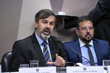 Chefe substituto da divisão antiterrorismo da PF, delegado Juner Barbosa