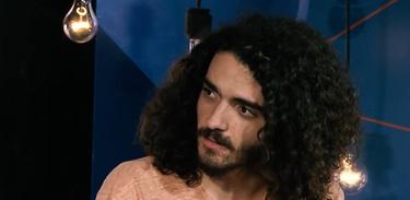 Cantor Arthur Melo é o entrevistado no programa Alto-Falante sobre o álbum Metanoia