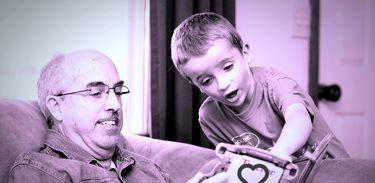 Pai, avô, tio ou amigo: uma homenagem a todos os que nos ajudam a crescer