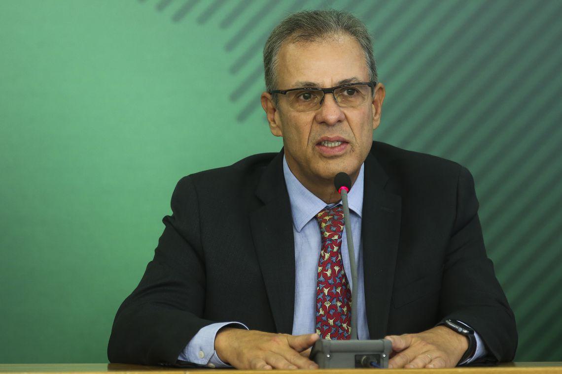 O ministro de Minas e Energia, almirante Bento Albuquerque, durante coletiva sobre o acidente da barragem da Vale em Brumadinho, Minas Gerais.