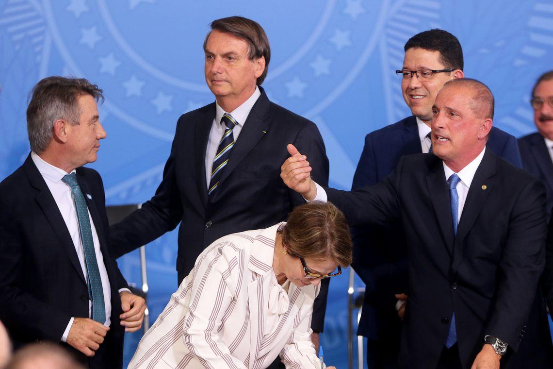 Presidente Jair Bolsonaro participa da Cerimônia de Assinatura da Medida Provisória de Regularização Fundiária.