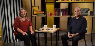 Katy Navarro conversa com o jornalista e escritor Marcus Veras