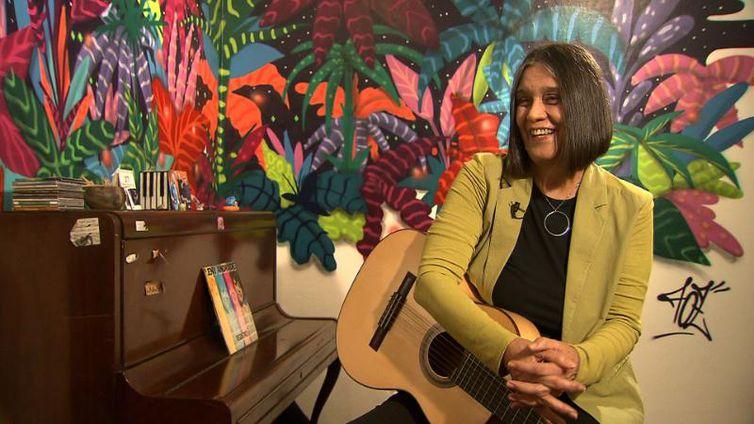 Cantora Joyce Moreno