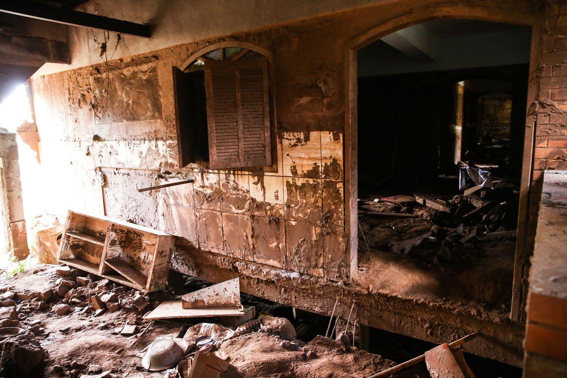 Barra Longa (MG) - Ruínas de Gesteira, no distrito de Barra Longa, dois anos após a tragédia do rompimento da Barragem de Fundão, da mineradora Samarco (José Cruz/Agência Brasil)