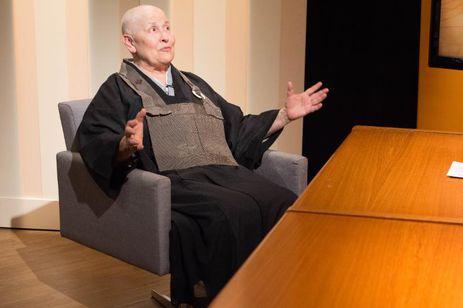 Monja Coen fala sobre budismo e violência no Um olhar sobre o mundo