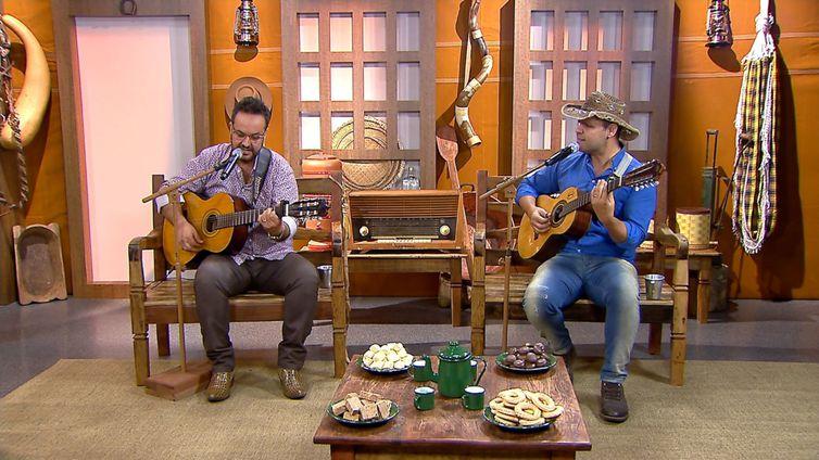 A dupla Joel & Geovan solta a voz no Brasil Caipira