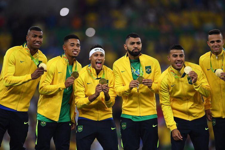 9e8140ab35 Brasil vence Alemanha e conquista primeiro ouro olímpico do futebol ...