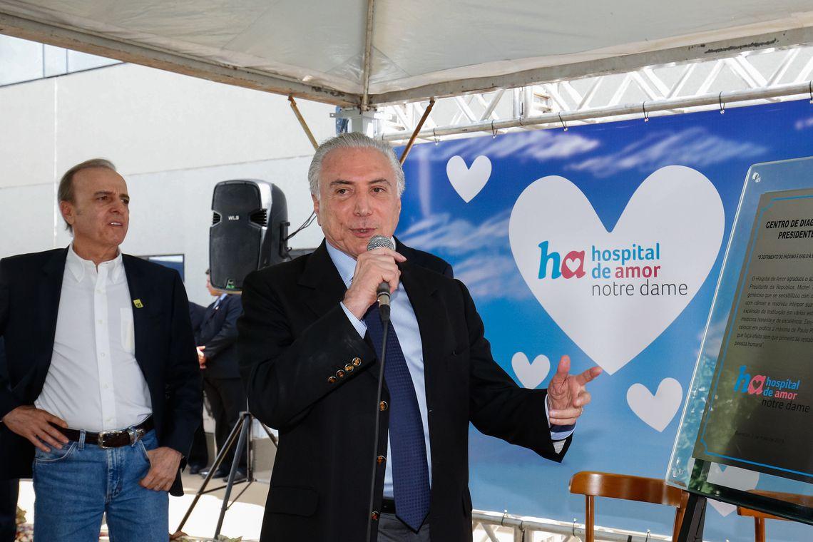 Presidente Michel Temer discursa na inauguração do Hospital Notre Dame, em Barretos (SP).