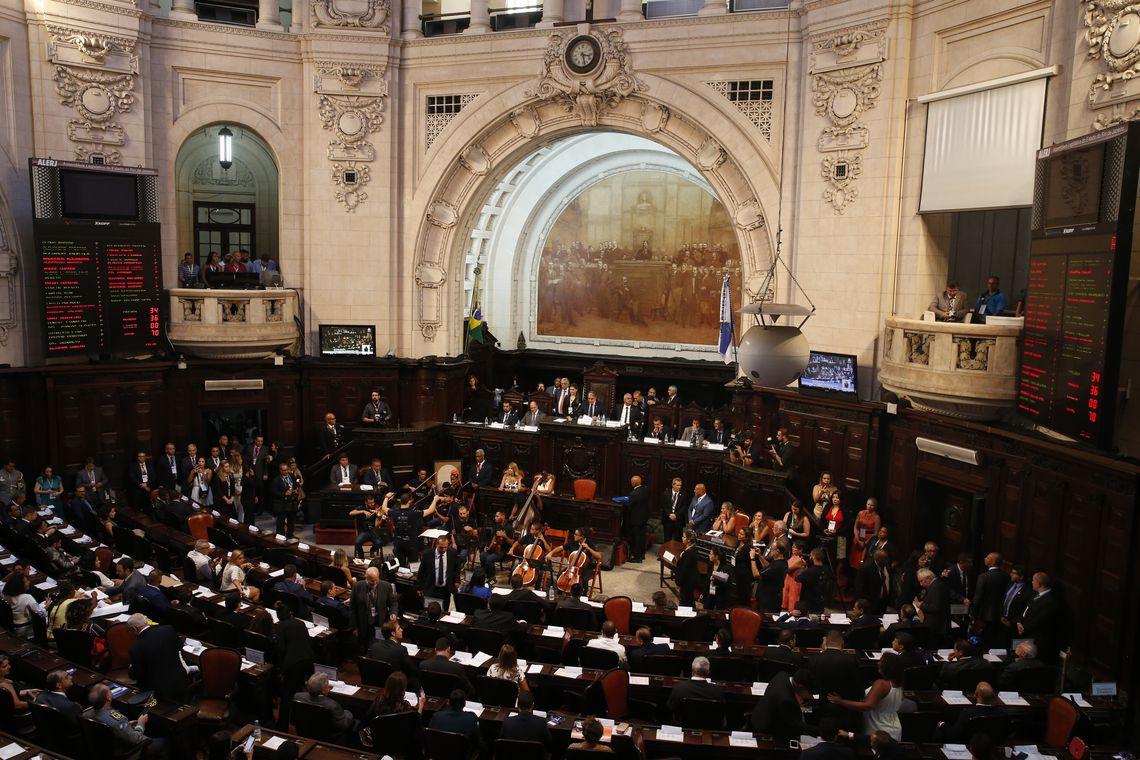 Posse dos deputados estaduais eleitos para a Assembleia Legislativa do Rio de Janeiro.