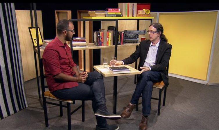 Raphael Montes e Geraldo Carneiro no Trilha de Letras