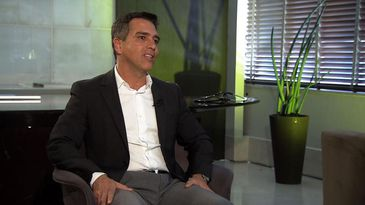Dr. Brasil Caiado fala sobre a proximidade de sua profissão com o mundo político