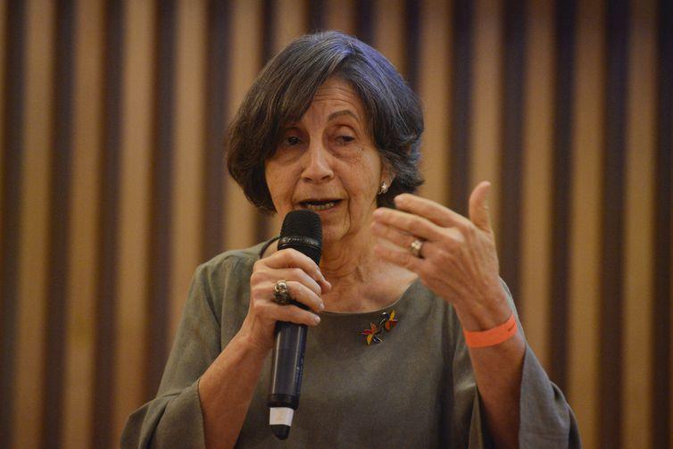 A secretária executiva do Fórum Nacional de Prevenção e Erradicação do trabalho Infantil, Isa maria Oliveira, fala durante evento que marca o lançamento da Campanha Mundial contra o Trabalho Infantil, no Museu do Amanhã, Rio de Janeiro.