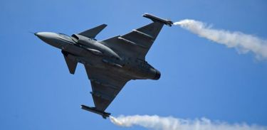 As Forças Armadas brasileiras compram o novo caça sueco Gripen (Saab Group / Divulgação)