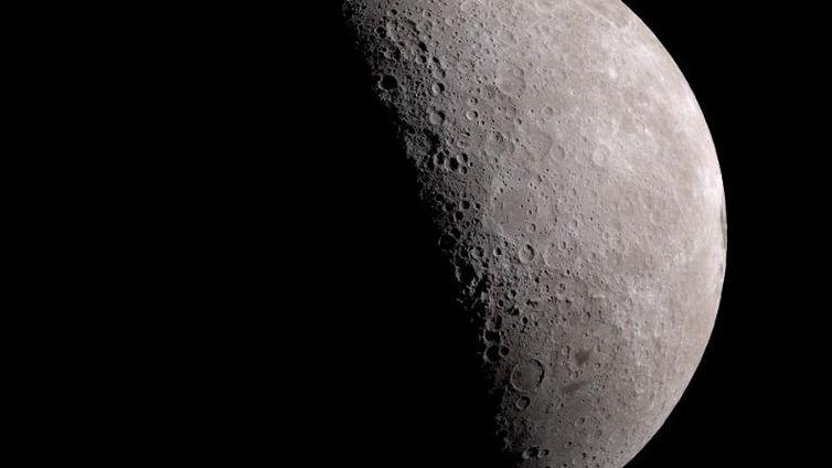 50 anos depois, a lua ainda fascina