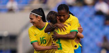 Seleção Feminina estreia no Torneio da China - Brasil x Canadá