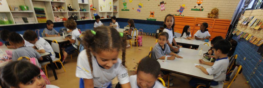 Crianças de 4 anos deverão ser matriculadas na pré-escola