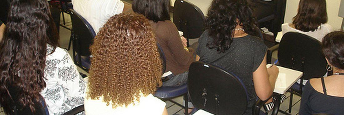 Centro de Referência e Apoio à Vítima oferece sessões com psicólogo, assistente social e ainda conseguem obter informações sobre o andamento do processo criminal