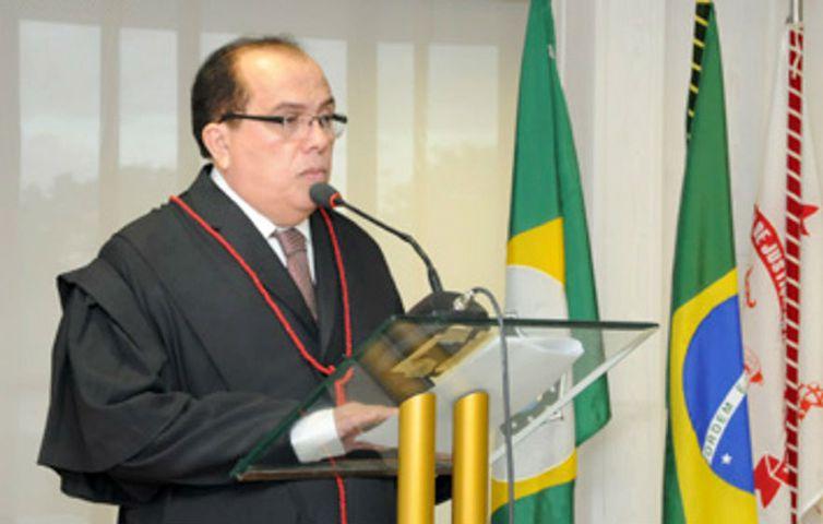 Desembargador do Ceará Carlos Rodrigues Feitosa