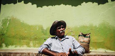 O agricultor Pedro da Silva fez cursos gratuitos para saber lidar com a estiagem
