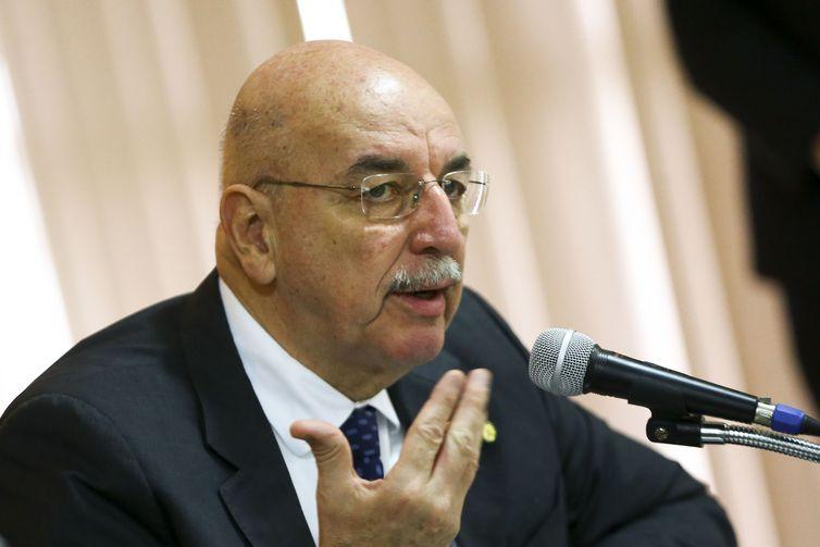 O ministro da Cidadania, Osmar Terra, durante reunião para discutir o Projeto de Redução da Criminalidade