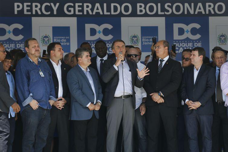 O presidente eleito Jair Bolsonaro participa da cerimônia de inauguração do III Colégio da Polícia Militar do Estado do Rio de Janeiro Percy Geraldo Bolsonaro.