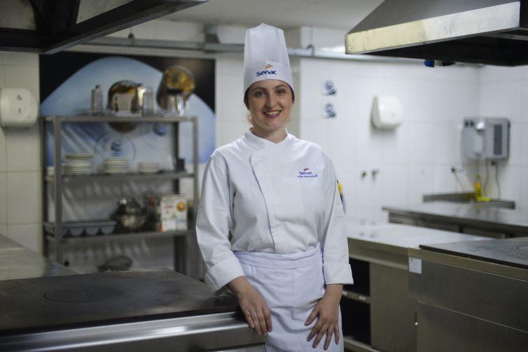 Professora de gastronomia Luiza Buscariolli