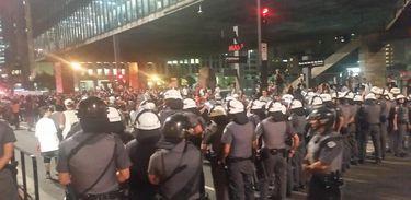 PM reprime manifestação em São Paulo