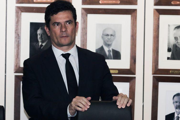 O ministro da justiça e segurança pública, Sergio Moro participa da solenidade assinatura de acordo de cooperação técnica com o Banco do Brasil