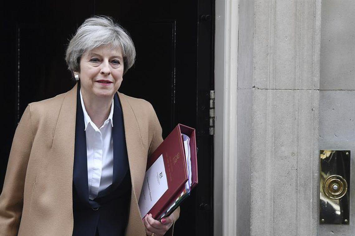 A primeira-ministra britânica, Theresa May, se dirige ao Parlamento para informar a ativação do Brexit, a saída do Reino Unido da União Europeia