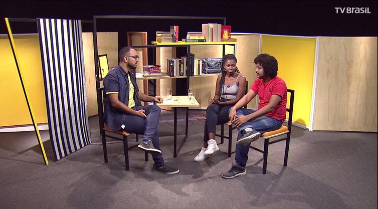 Raphael Montes entrevista os rappers e poetas Carol dal Farra e W-Black