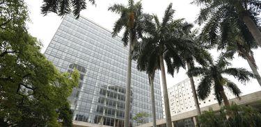 O Palácio Gustavo Capanema, no centro do Rio, tem suas fachadas restauradas.