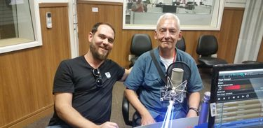 Diretor Sérgio Sartório e o dramaturgo Santiago Serrano