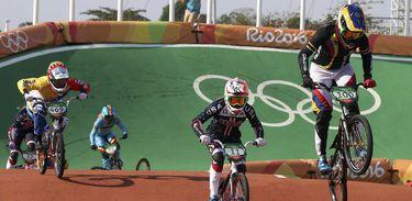 Equipe feminina do Brasil fica fora do ciclismo BMX