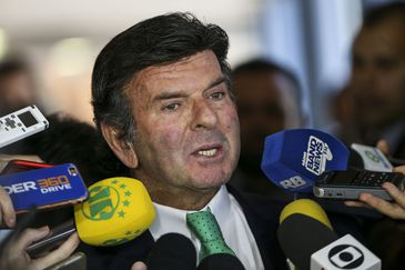 O ministro do Supremo Tribunal Federal (STF) Luiz Fux coordena  audiência de instrução do processo que questiona a legalidade da tabela de preços mínimos do frete para o transporte rodoviário de cargas. Participaram  representantes de governo,