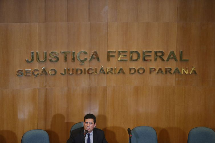 The next Minister of Justice, Sergio Moro gave the first press conference