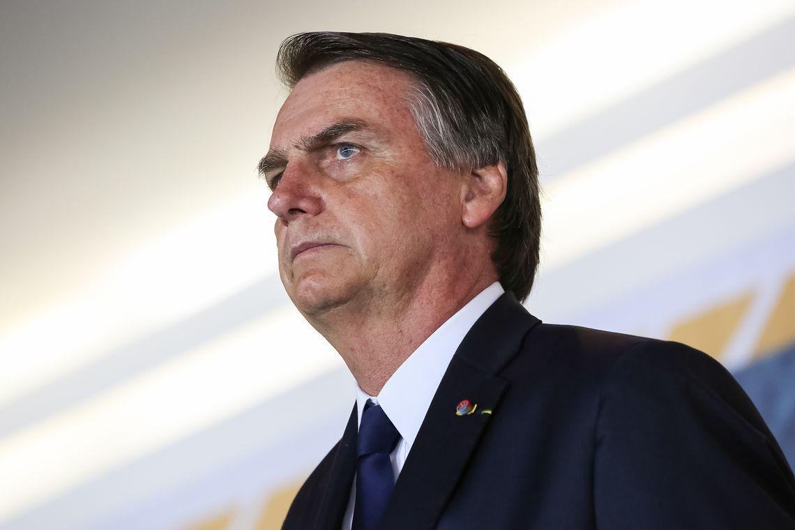 O presidente Jair Bolsonaro participa da Solenidade de Transmissão do Cargo do Comando da Marinha ao Almirante de Esquadra, Ilques Barbosa Junior