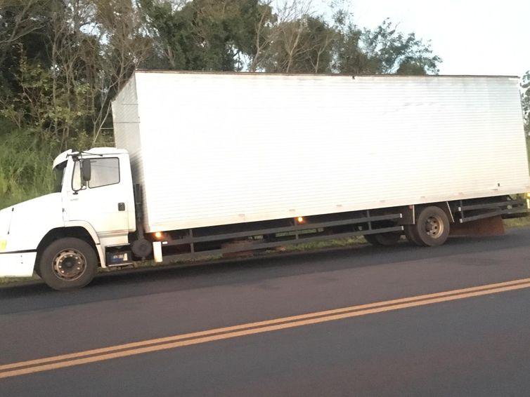 Apreensão da carga de cigarros contrabandeados aconteceu na manhã desta sexta-feira na BR-163, também em Marechal Cândido Rondon