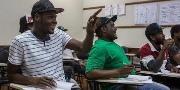 Estudantes haitianos