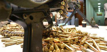 Bem munidos - O poder das milícias