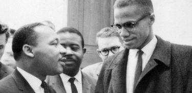 Martin Luther King Jr. e Malcolm X em março de 1964