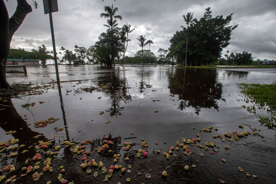 Hilo (United States), 24/08/2018.- A view of a flooded area in Hilo, Hawaii, USA, 24 August 2018. Torrential rains from Hurricane Lane inundated the eastern half of the island of Hawaii, causing disruptions for residents and visitors alike.