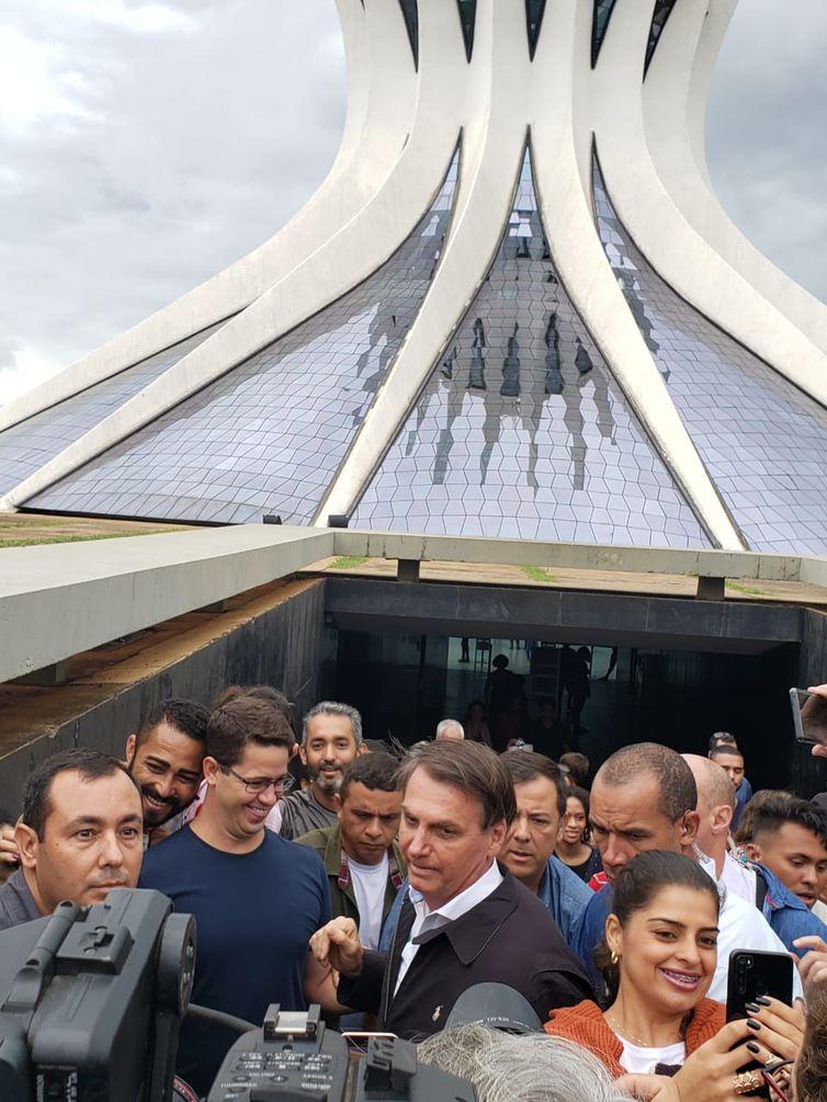 Jair Bolsonaro, Catedral