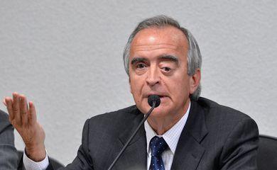 Depoimento à  Comissão Parlamentar de Inquérito (CPI) Mista da Petrobras do ex-diretor da Área Internacional da Petrobras, Nestor Cerveró (Wilson Dias/Agência Braisl)