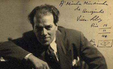 Villa-Lobos em 19 de novembro de 1940 (imagem com dedicatória escrita à esposa, Arminda)